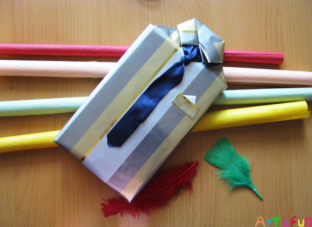 Как красиво упаковать подарок трусы
